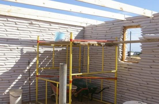 Earthbag building 1